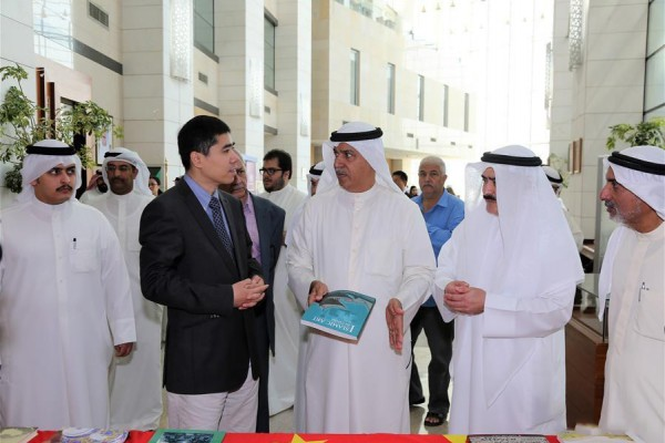 Over 1,000 Chinese books on exhibition in Kuwait to promote cultural ties